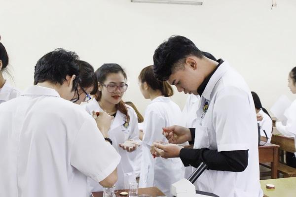 Thời gian nộp hồ sơ xét tuyển Cao đẳng Dược Hà Nội