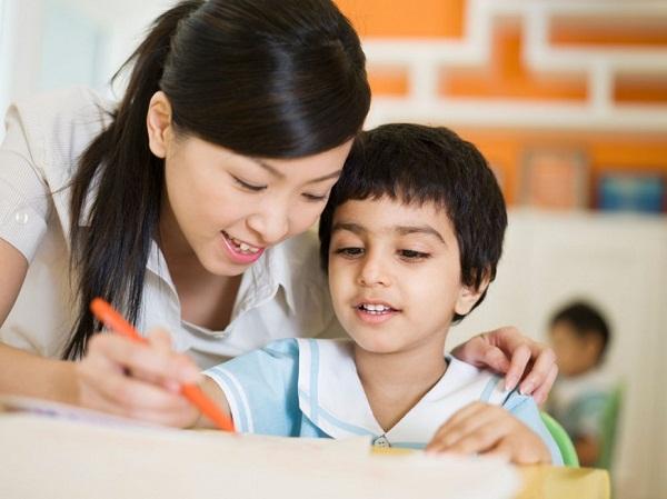 Dạy con lớp 4 học giỏi cha mẹ nên biết