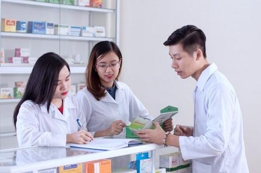 thuận lợi và khó khăn của ngành dược